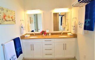 Caicias Villa Emerald second bathroom