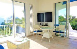 Caicias Villa Indigo living area