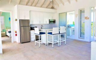 Caicias Villa Sapphire kitchen area