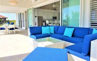 Caicias Villa Sapphire pool terrace lounge