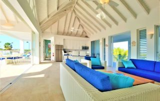 Luxury retreat Villa Sapphire living area