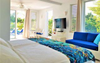 Caicias Studio Sapphire bedroom