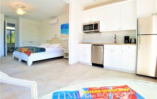 Studio Sapphire vacation rental at Caicias Villas