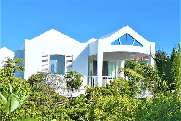 Villa Aquamarine at Caicias Villas